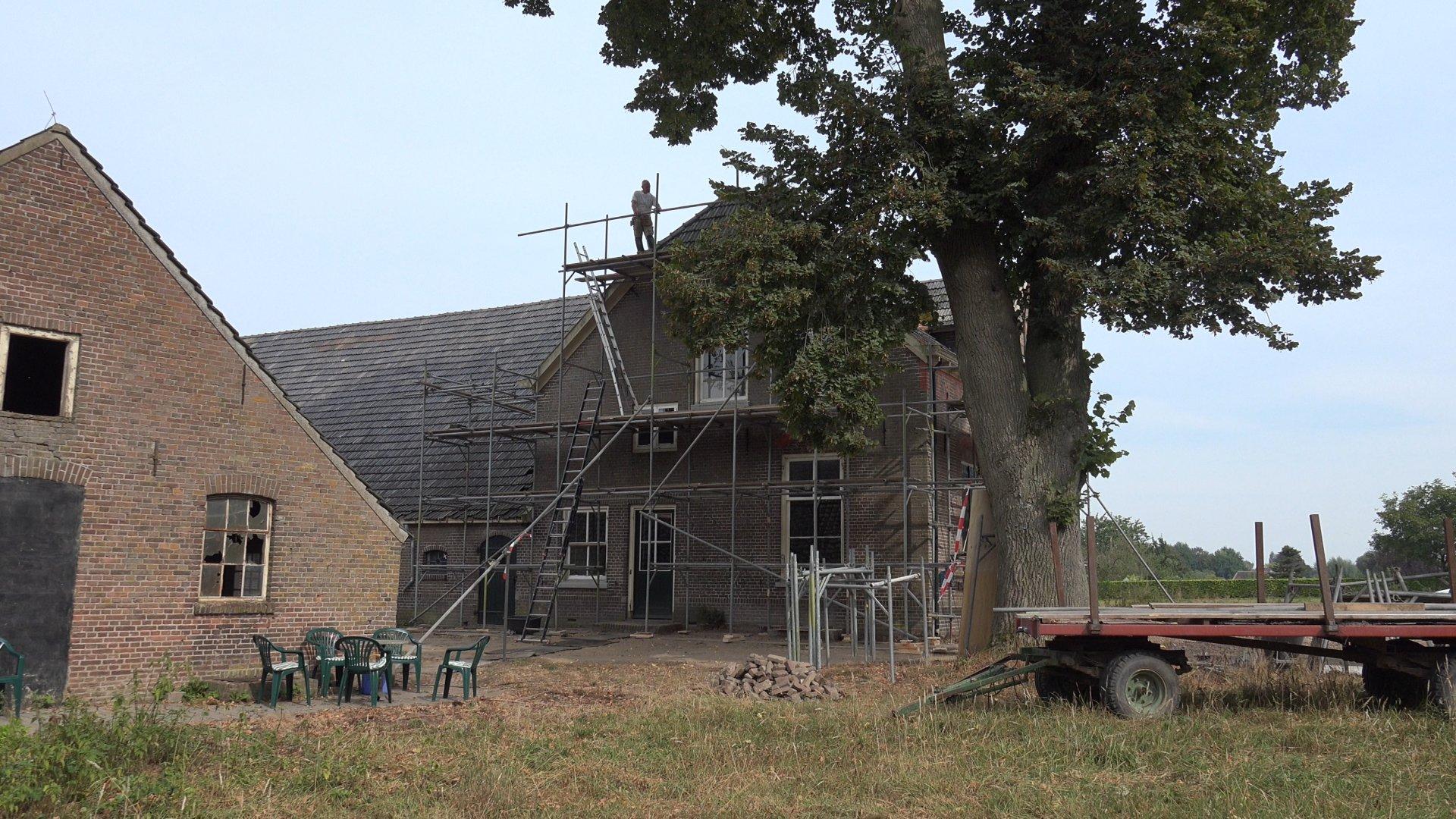 Opbouw van de steigers.