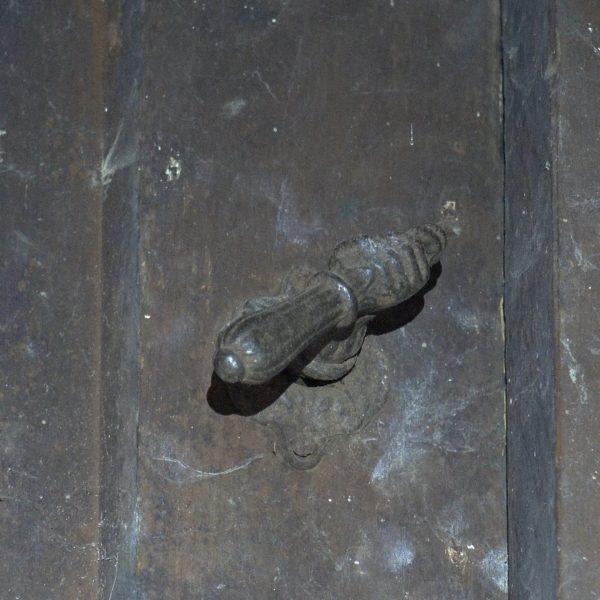 Antieke 19e eeuwse deurklink knechtenkamer.